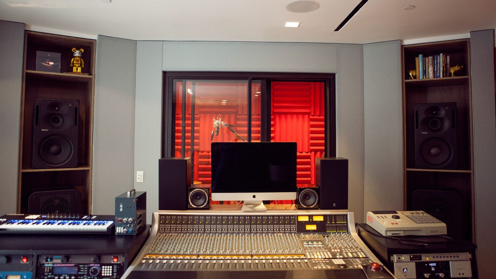 Soundbooth - W Sound Suite - W Hollywood