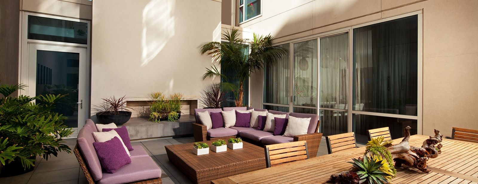 Hollywood Accommodation - Garden Wow Suite | W Hollywood Hotel